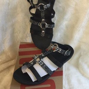Fitflop Hoopla Leather Sandal Size 8 New